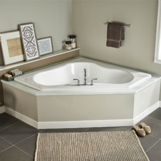 Eljer Gemini 60 Inch By 60 Inch Corner Soaking Tub